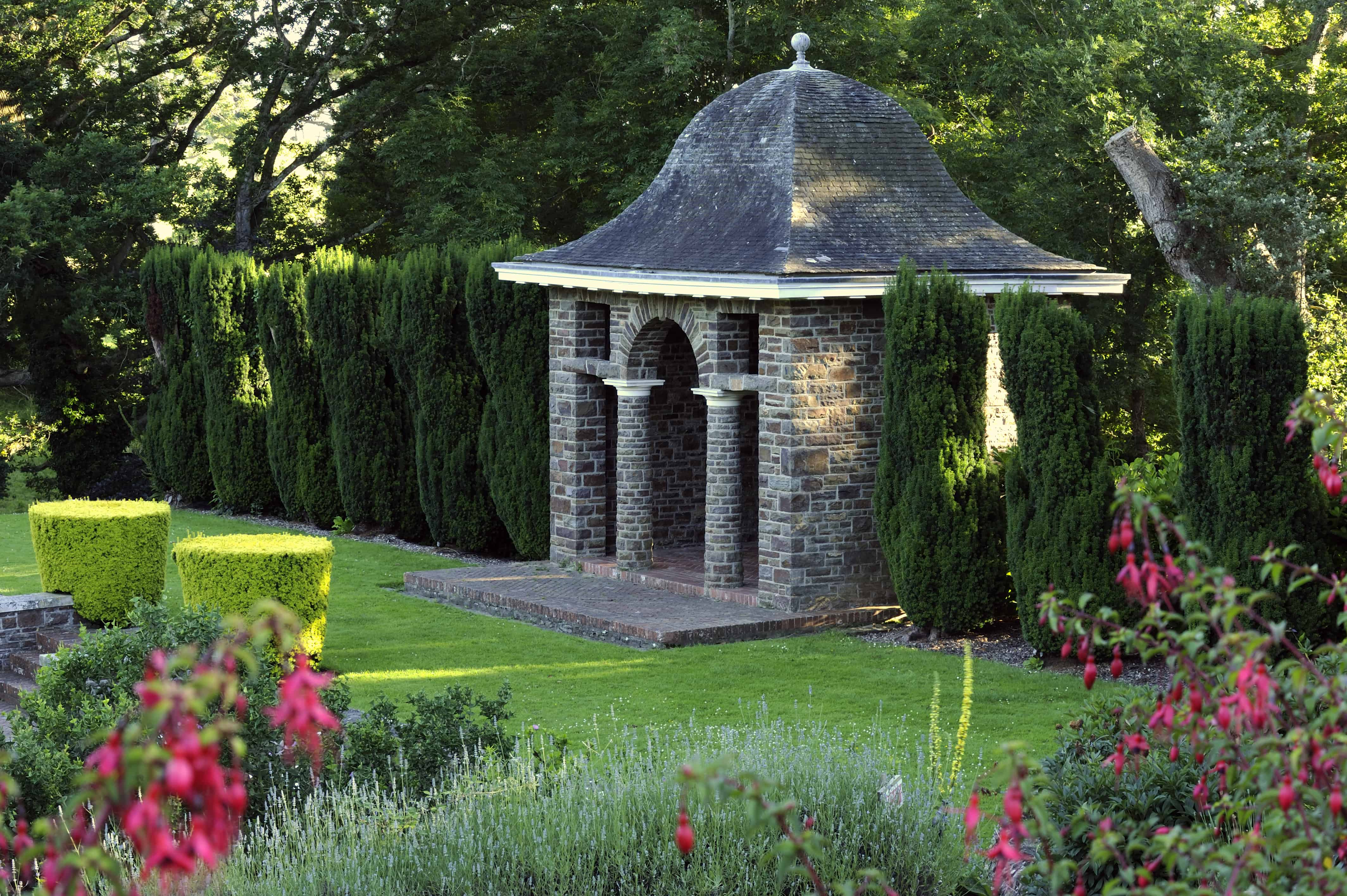 'Country Life' visits Tapeley Gardens